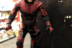2018 Toy Fair Mezco One Twelve Collective Netflix Daredevil 01