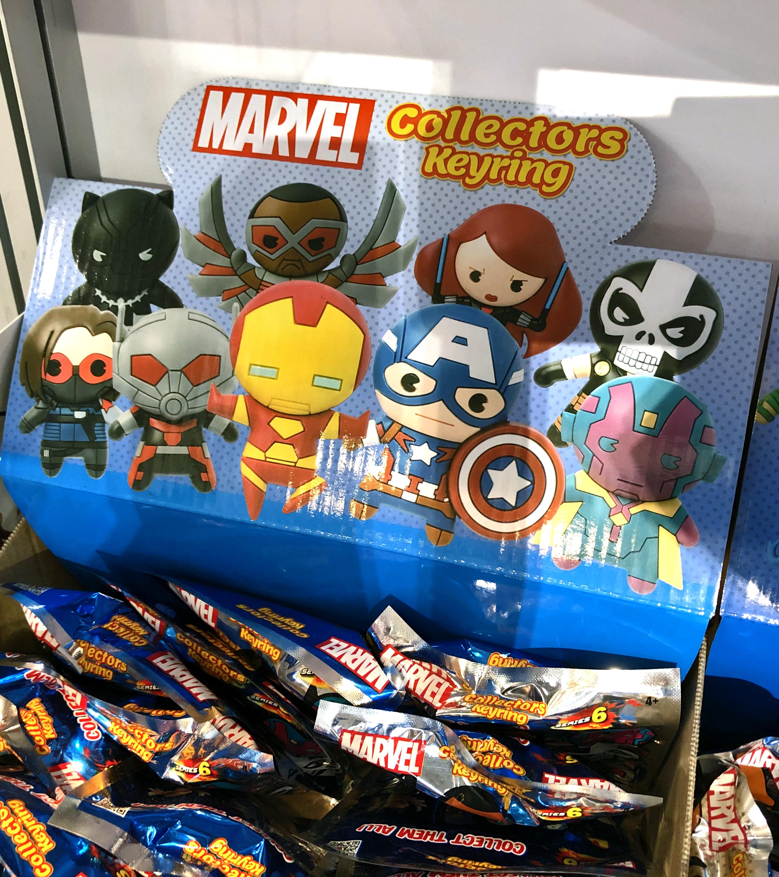 2018 Toy Fair Monogram International MARVEL Collectors Keyrings 01