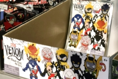 2018 Toy Fair Monogram International Venom Collectors Keyrings 01