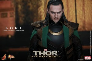 Photo of Sideshow Puts Hot Toys Thor: The Dark World Loki Figure Up For Preorder