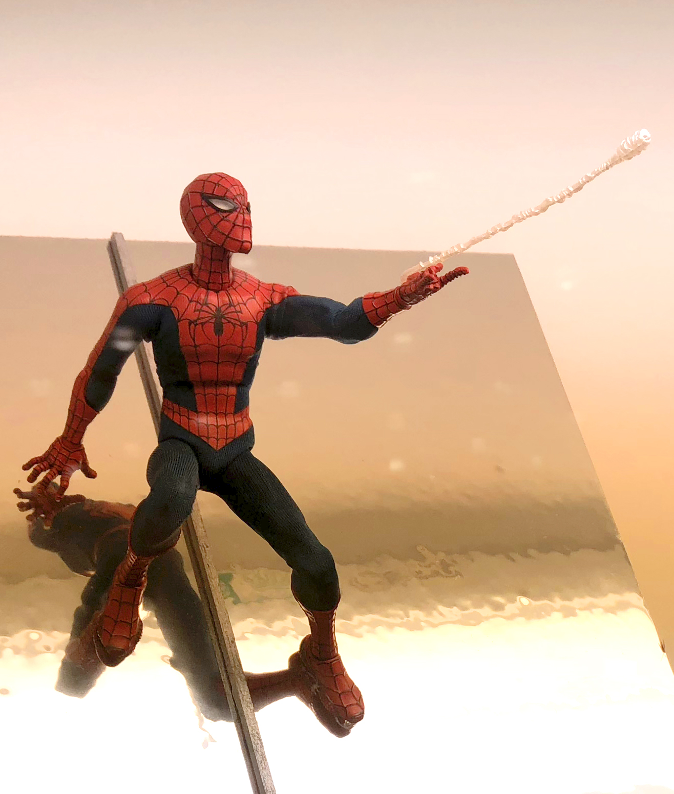 2018 Toy Fair Mezco One Twelve Collective Spider-Man 01
