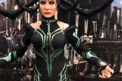 2018 Toy Fair Mezco Hela Ragnarok 01