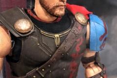 2018 Toy Fair Mezco Thor Ragnarok 02