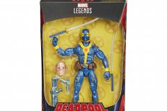 Deadpool-Blue-X-Men-Outfit-Official-Photo-Boxed